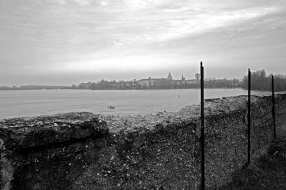 1 - foto © Vanni Favalli - Mantova, profilo visto da Cittadella