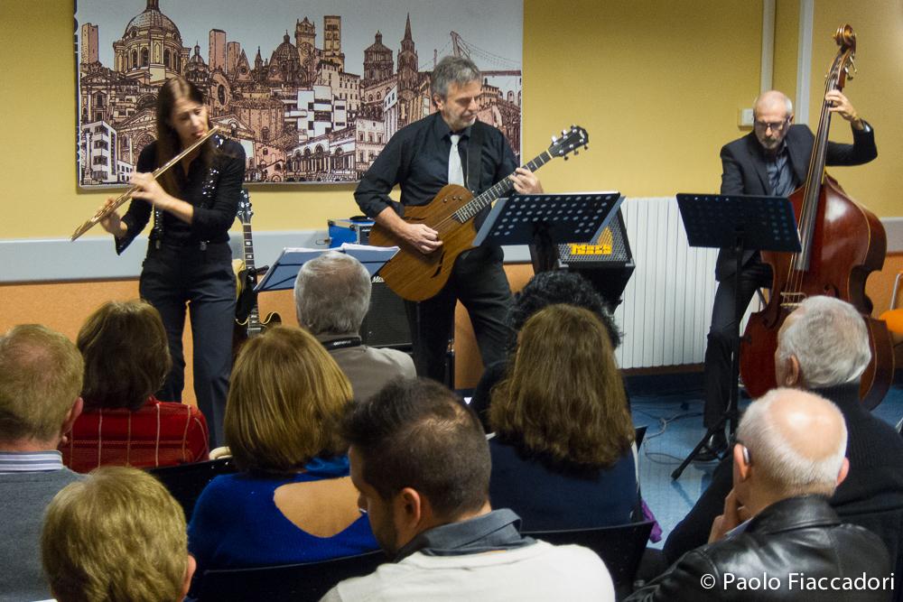 Musica e #Fotografia: parte la collaborazione tra il Fotocineclub di #Mantova ed il reparto di Oncologia dell'ospedale CarloPoma